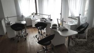 Stanowiska pracy do manicure